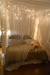 schlafzimmer ideen romantisch 23 mesmerizing starry string light projects for a magical home decor to start today