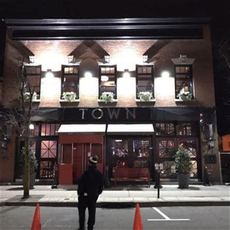 town bar kitchen    reviews american   elm st morristown nj