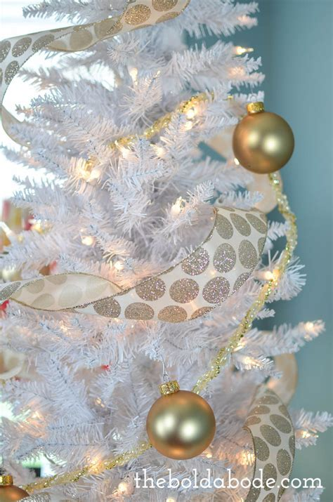 layer  christmas tree dont decorate