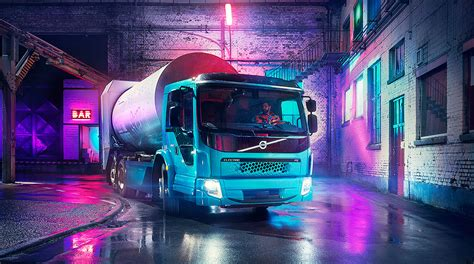 volvo  sell electric trucks  north america