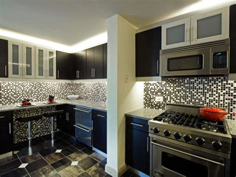 Painting Kitchen Cabinets Color Options by Hgtv S Best Pictures Of Kitchen Cabinet Color Ideas From