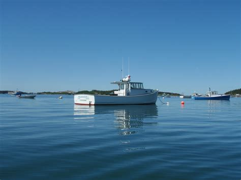 Lobster Boat In Maine by Take A Tour On A Lobster Boat Lobster From Maine