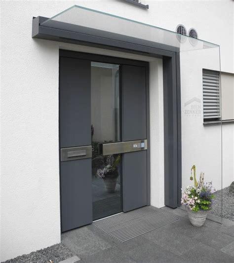 haus mit vordach vordach dura freitragend glasprofi24 architektur