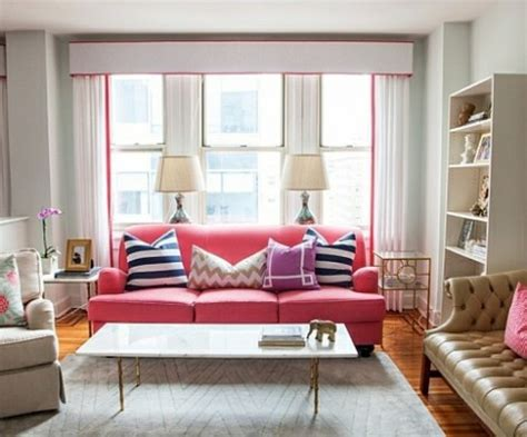 kleines wohnzimmer einrichten  ideen fuer mehr geraeumigkeit