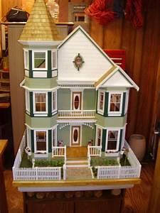 Viktorianisches Haus Kaufen : 6416 besten evler bilder auf pinterest puppenh user viktorianisches puppenhaus und miniature ~ Markanthonyermac.com Haus und Dekorationen