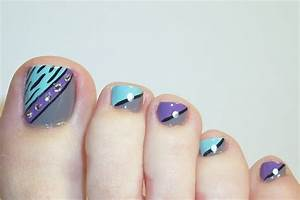 Latest trends for foot nail art designs girls