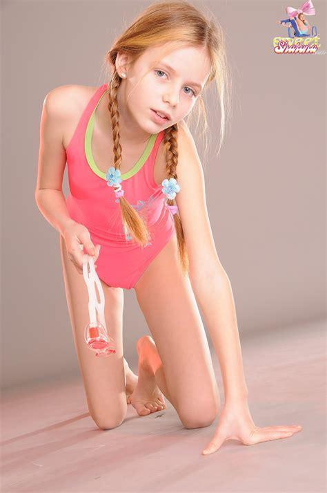 Sweet Sharona Model Sets Bobs And Vagene