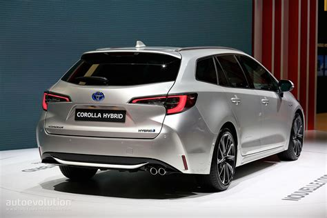 Toyota Corolla 2019 Uk by 2019 Toyota Corolla Uk Pricing Announced Comes With 1 2l