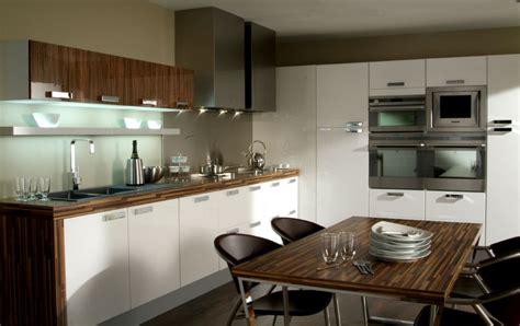 cuisine tout equipee mobilier cuisine équipée photo 1 10 une fantastique
