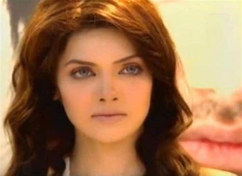 pakistani celebrities    born  pakistan