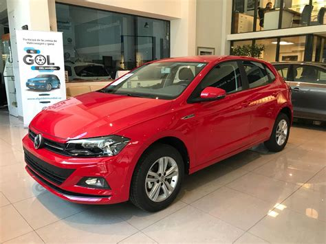 The volkswagen produces more stronger engine 1.5 tdi engine with the power of 104 bhp@5000 rpm and 1500 cc. Volkswagen Polo Comfortline Rojo 2020 - U$S 23.590 en ...
