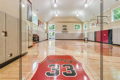 scottie pippen lists mansion  basketball court