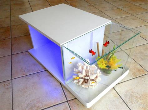 les 25 meilleures id 233 es de la cat 233 gorie aquarium table basse sur table basse