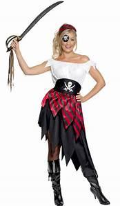 Idée Déguisement Femme : d guisement femme pirate id e costume pirates ~ Dode.kayakingforconservation.com Idées de Décoration