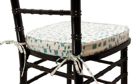 chiavari cushions ties vs velcro strapschiavari chairs