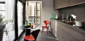 Couleur Cuisine Moderne : cuisine couleur taupe chaise rouge adrien champsaur ~ Melissatoandfro.com Idées de Décoration