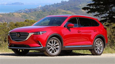 Every element of the interior space features exceptional design, superb craftsmanship and effortlessly accommodates the daily demands of the modern family with a versatile cabin that adapts to all seating and luggage requirements. First Drive: 2016 Mazda CX-9