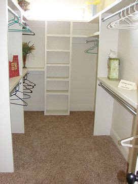 How To Design A Small Walk In Closet by 12 Small Walk In Closet Ideas And Organizer Designs