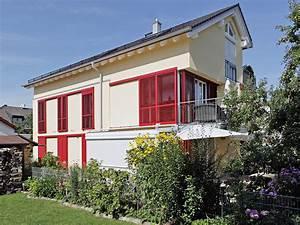 Haus Mit Fensterläden : farbige fensterl den f r individuelle fassaden ~ Eleganceandgraceweddings.com Haus und Dekorationen