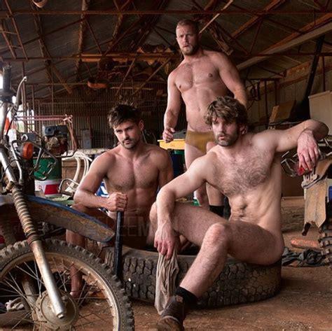Aussie Photographer Paul Freeman Does Gods Work Shooting