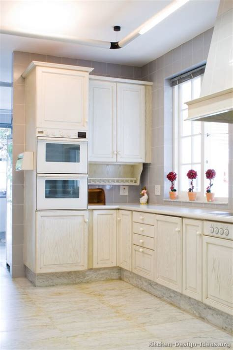 pictures  kitchens traditional whitewashed cabinets