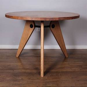 Table Jean Prouvé : jean prouve gueridon dining table produced by vitra at 1stdibs ~ Melissatoandfro.com Idées de Décoration