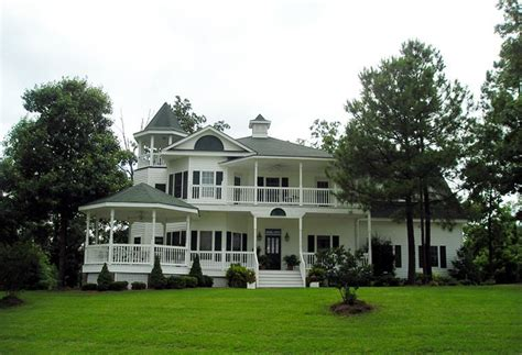 plan  victorian style house plan   bed  bath