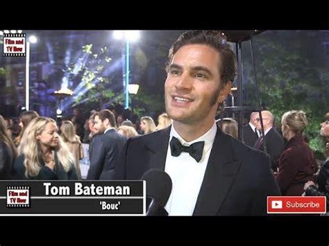 tom bateman youtube tom bateman murder on the orient express world premiere