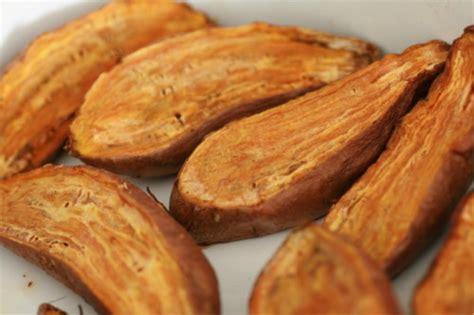 cuisiner la patate douce à la poele cromesquis de patates douces et tomates séchées