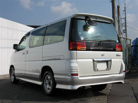 nissan elgrand highway starpicture  reviews news