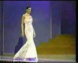 Miss Universe 2002 - Evening Gown Competition - YouTube