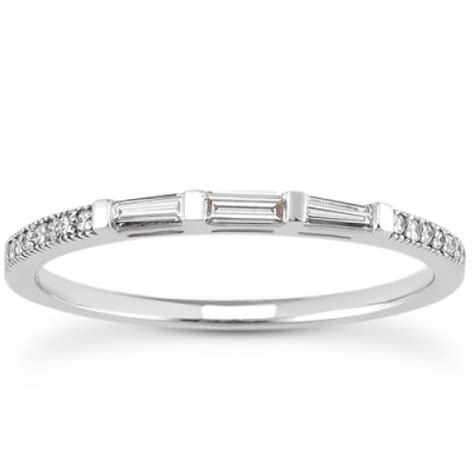 tapered baguettes and round shape diamond wedding band in