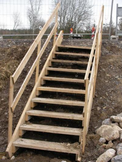 handlauf für gartentreppe pin feivelchen auf einfache treppe treppe treppe holz und gartentreppe