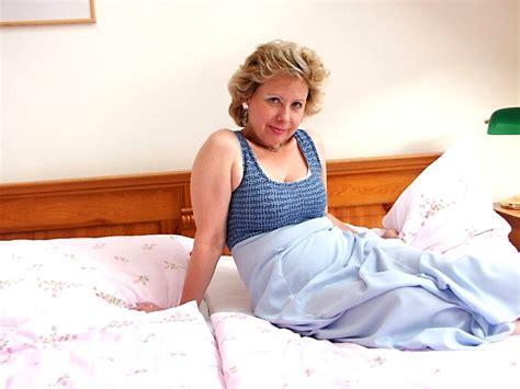 free sex photos older woman fun olderwomanfun model