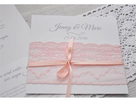 einladungskarte hochzeit mit rosa stoffspitze