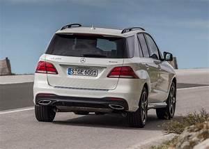 4x4 Mercedes Gle : mercedes benz gle class 4x4 review 2015 parkers ~ Melissatoandfro.com Idées de Décoration