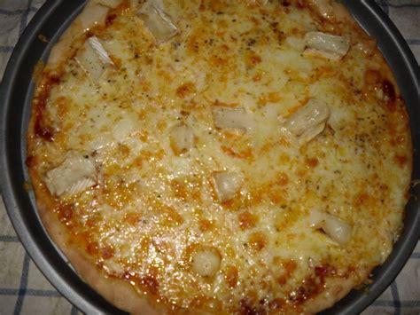 pizza 4 fromages maison pizza aux 4 fromages recette