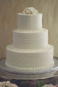 Pictures of simple wedding cakes from 2011 to 2015 for Simple wedding cake ideas