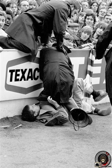 Police and english football hooligans from 1970 to 1980 ...