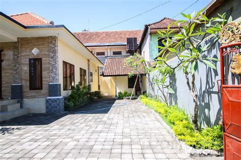 cheap 2 bedroom houses cheap two bedroom house 1 storage 1 maidroom in beachside sanur s local agent balimoves