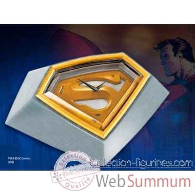 pin superman dans noble collection sur figurines on