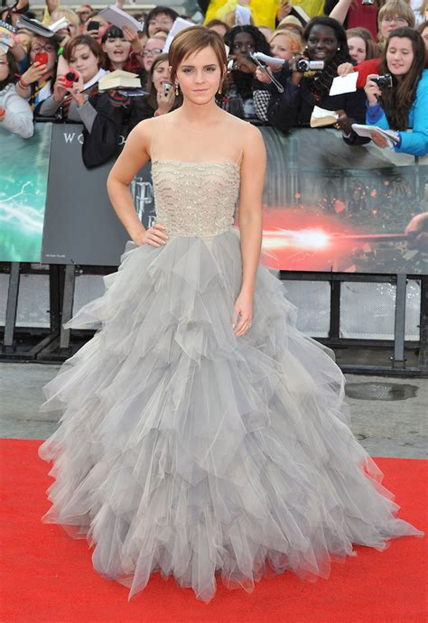 Times Emma Watson Style Swept Off Our Feet