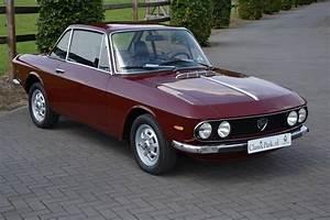 Lancia Fulvia Coupé : classic park cars lancia fulvia coup 1 3 s 2a serie ~ Medecine-chirurgie-esthetiques.com Avis de Voitures