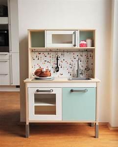 Ikea Bücherregal Kinder : die 25 besten ikea kinderk che ideen auf pinterest ~ Lizthompson.info Haus und Dekorationen