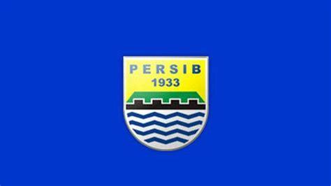 Grafiti Logo Persib : Profil 4 Pesepak Bola Papua Yang Pernah Memperkuat Persib