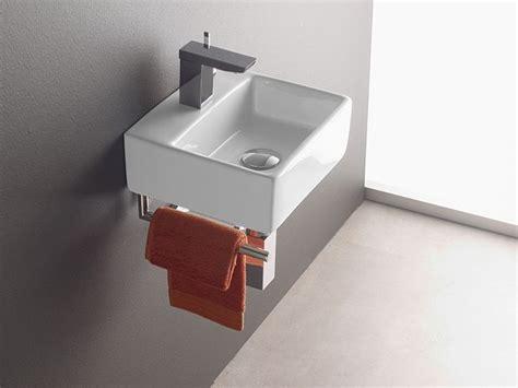 handwaschbecken kleines gäste wc die besten 25 handwaschbecken g 228 ste wc ideen auf betonle klein handwaschbecken