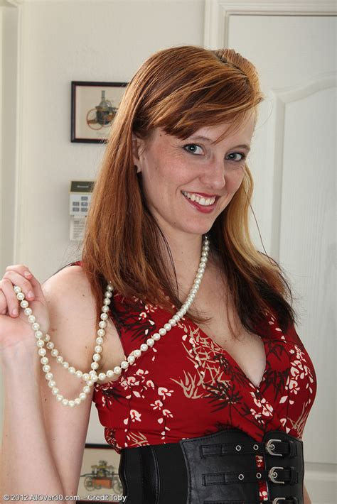 allover30free hot older women 31 year old alex from