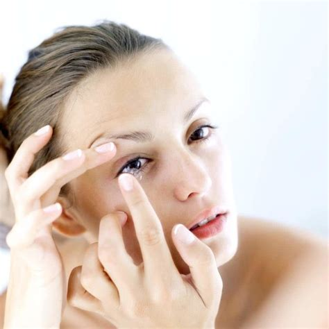 most comfortable contact lenses contact lenses disadvantages wearing and caring for