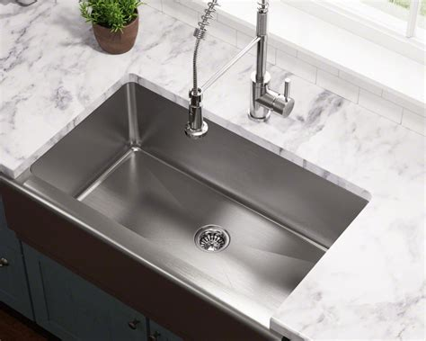 apron style kitchen sinks apron style sinks especially stainless steel are 4172
