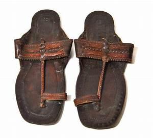 Men U0026 39 S Vintage Leather Embossed Indian Sandals By